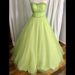 MORI LEE.   Lime green formal